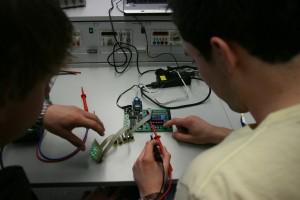 טכנולוגיה וחינוך בעידן המידע
