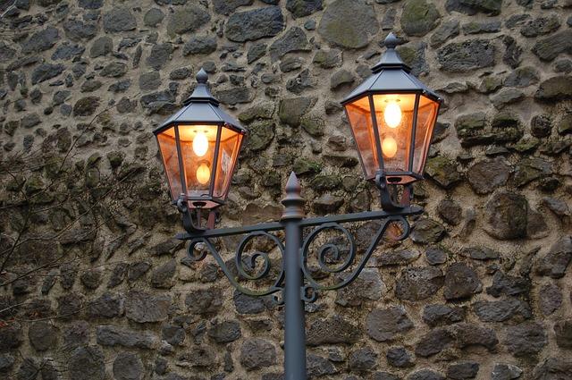 תאורת חוץ